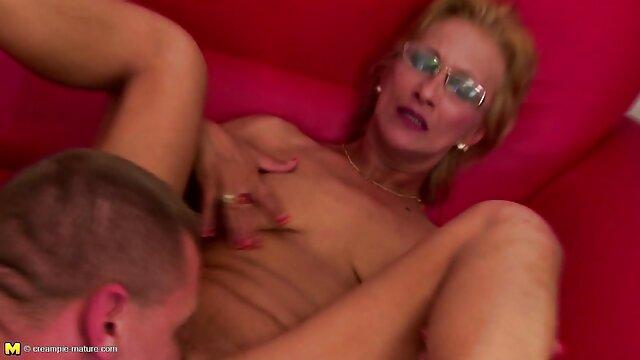 Visita al hotel video porno audio latino